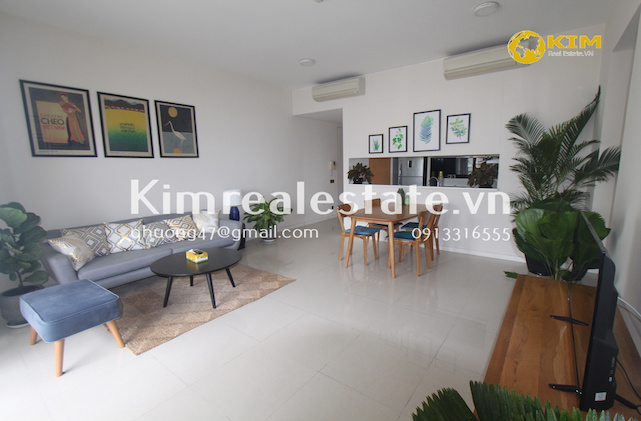 Estella 2 bedroom unit for sell (with tenant)