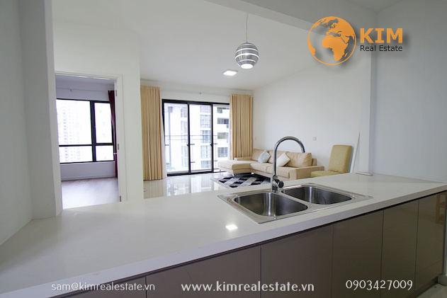 Estella Heights two bedrooms large apartment for rent
